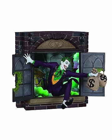 BATMAN-Gotham City Stories: Part 3: The Joker Statue