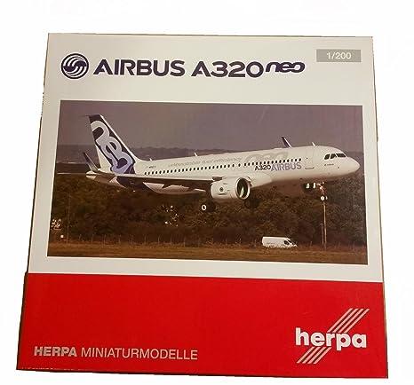Maquette AIRBUS A320 NEO en métal 1/200 F-WNEO