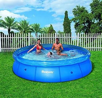 piscine autoportée avec pompe