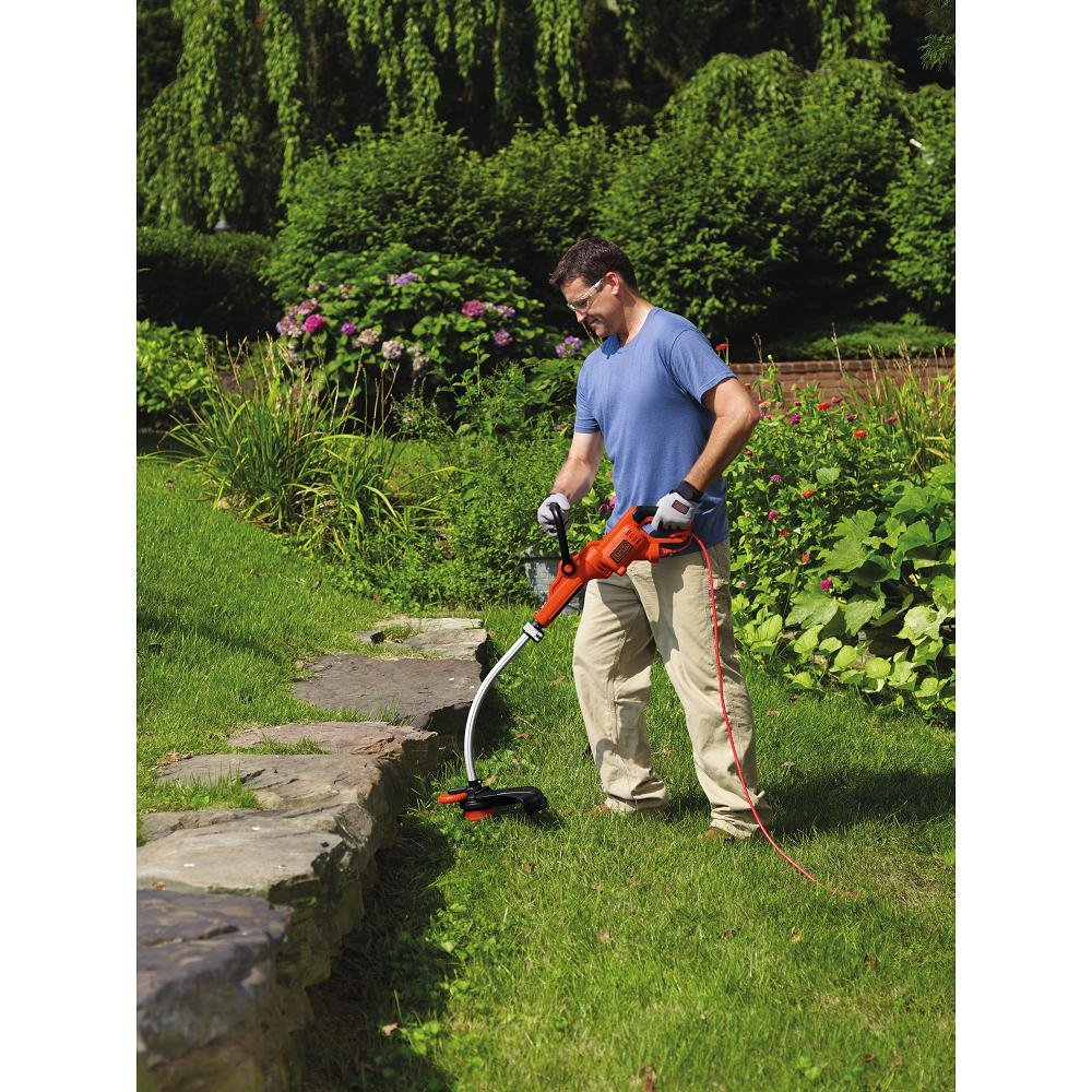 BLACK+DECKER GH3000 High Performance 7.5-Amp Electric String Trimmer, 14""
