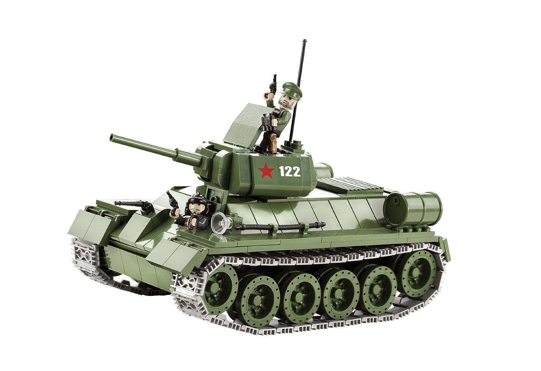 Tanque ruso T-34/76 construido con ladrillos de plástico