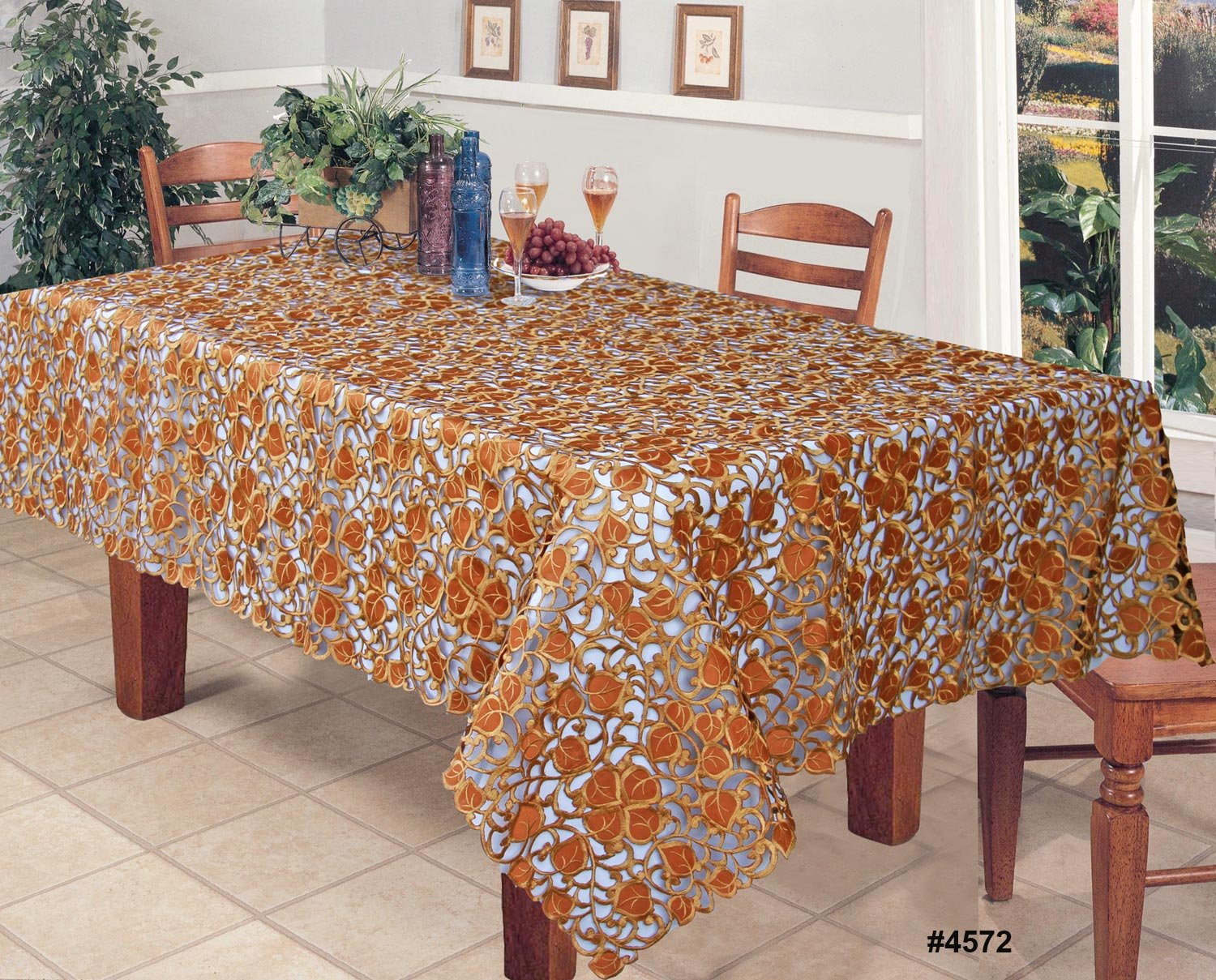 Perfect Thanksgiving Fabric Tablecloths