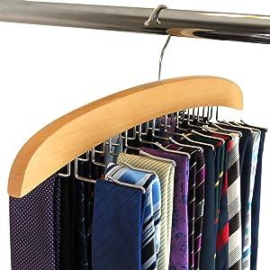 aufbewahrung gl tten und reinigung von krawatten. Black Bedroom Furniture Sets. Home Design Ideas