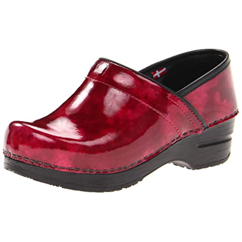 Sanita Womens Professional Ariana Closed Back Clog