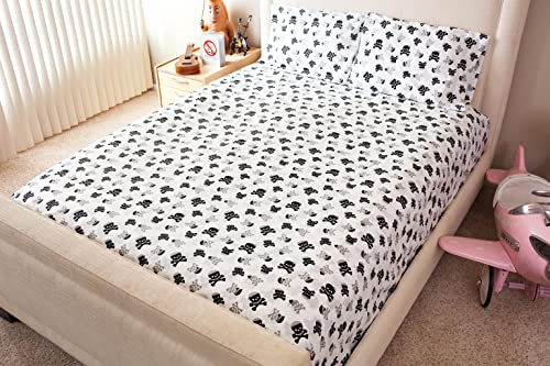 white sheet set with gray and black skulls