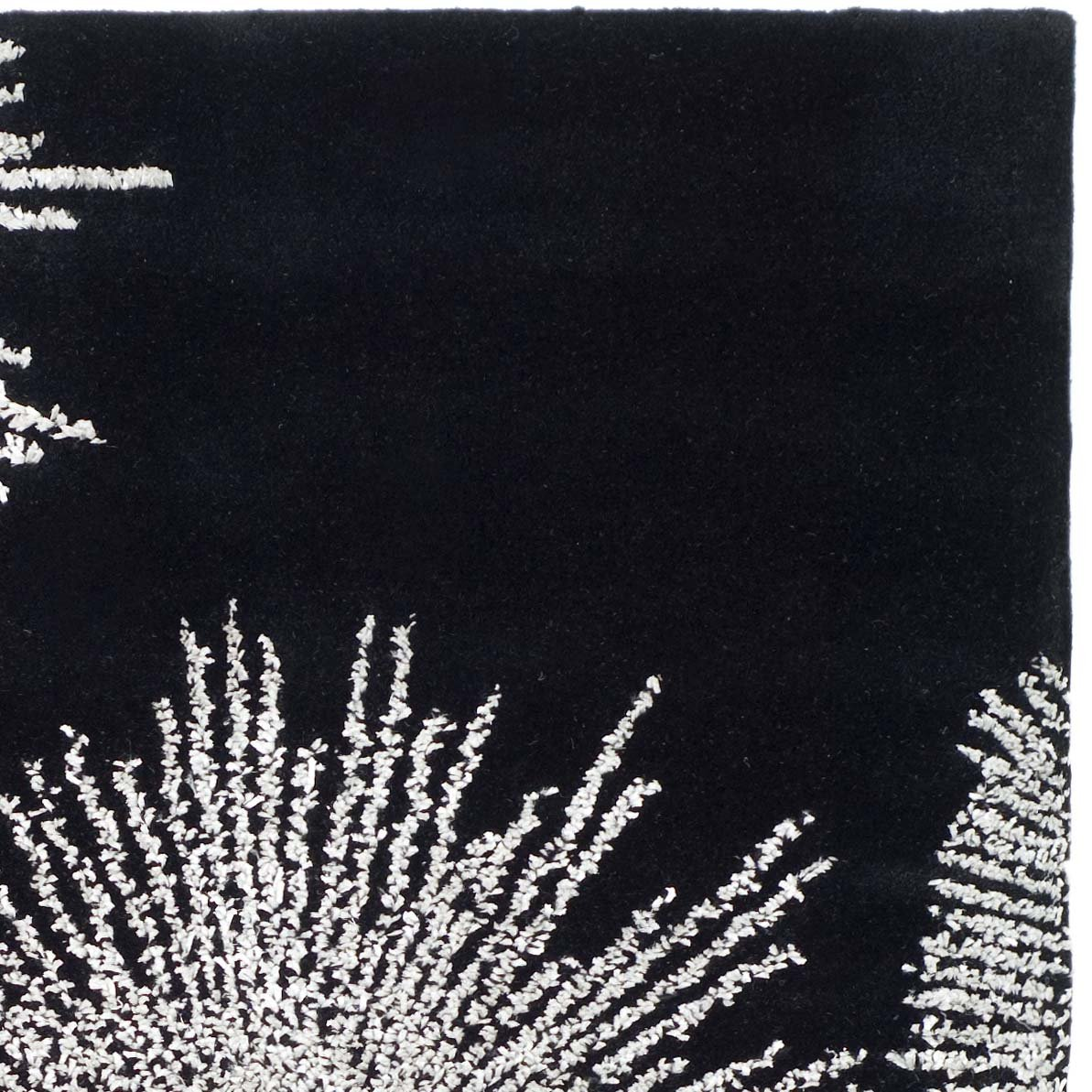 Safavieh Soho Collection SOH712D Handmade Fireworks Black and White Premium Wool Area Rug (2 x 3)