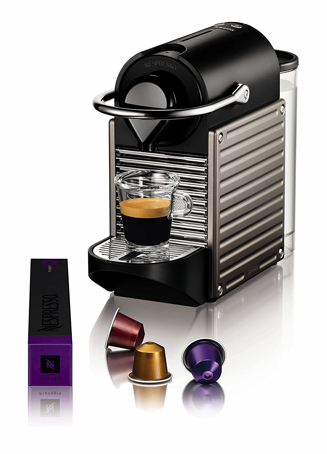 machine a cafe nespresso capsule. Black Bedroom Furniture Sets. Home Design Ideas
