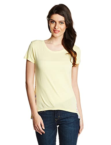 United Colors of Benetton Women's Printed T-Shirt at amazon