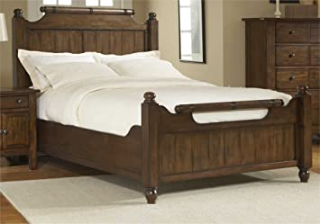 Broyhill Attic Heirlooms 4399-56/-57/-570 Feather Bed with Distressing Details Turned Feet Posts and Line Etched Details in Rustic Oak Finish