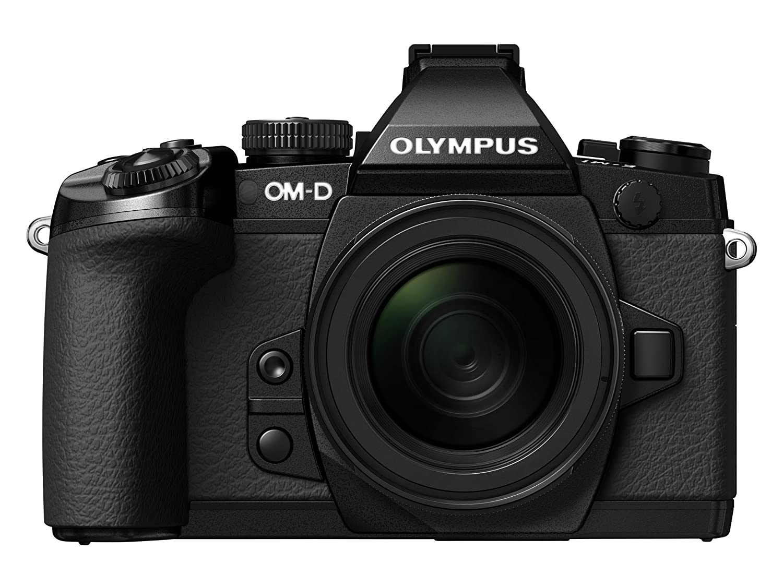 Olympus OM-D E-M1 with M.Zuiko digital EZ 12-50mm f3.5-6.3 with 8GB Card