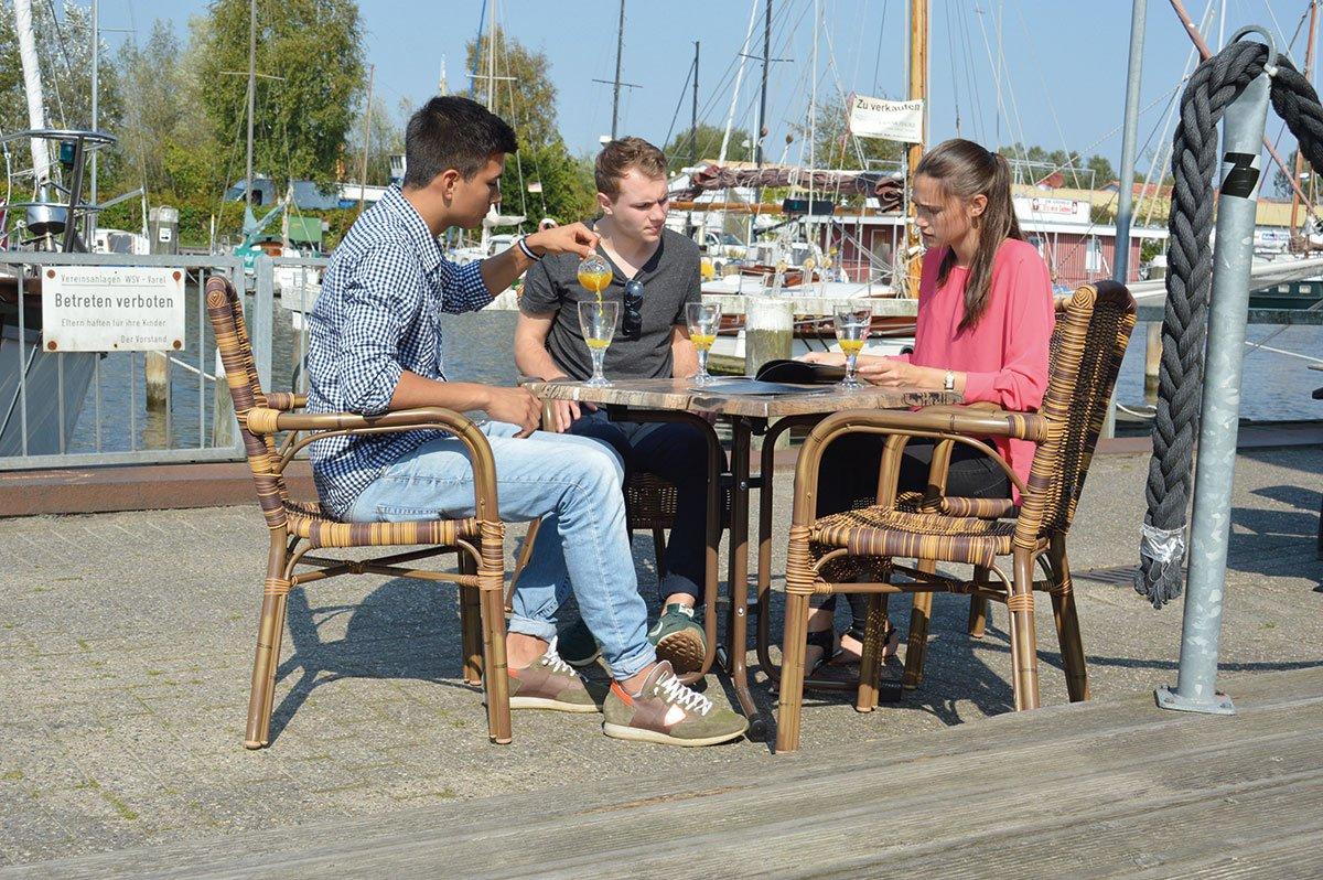 Bistrosessel Aluminium-Rundrohr stapelbar objektgeeignet Rattan Gartenstuhl günstig kaufen