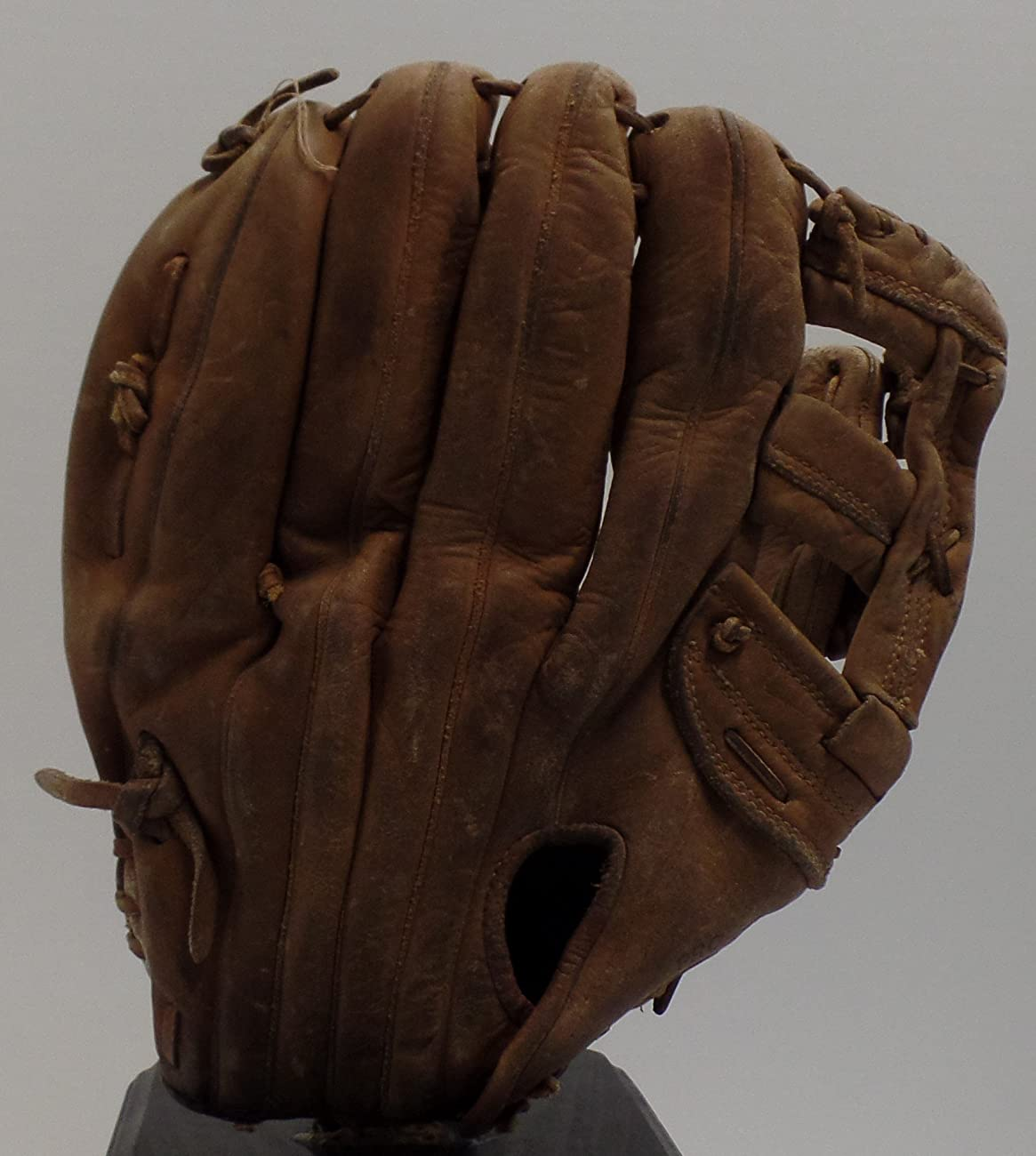 Vintage Bobby Bonds Pro Style Baseball Glove - Wilson Right Hand Thrower (Great for Display - Could Be Used Everyday) Free Shipping & Tracking 3