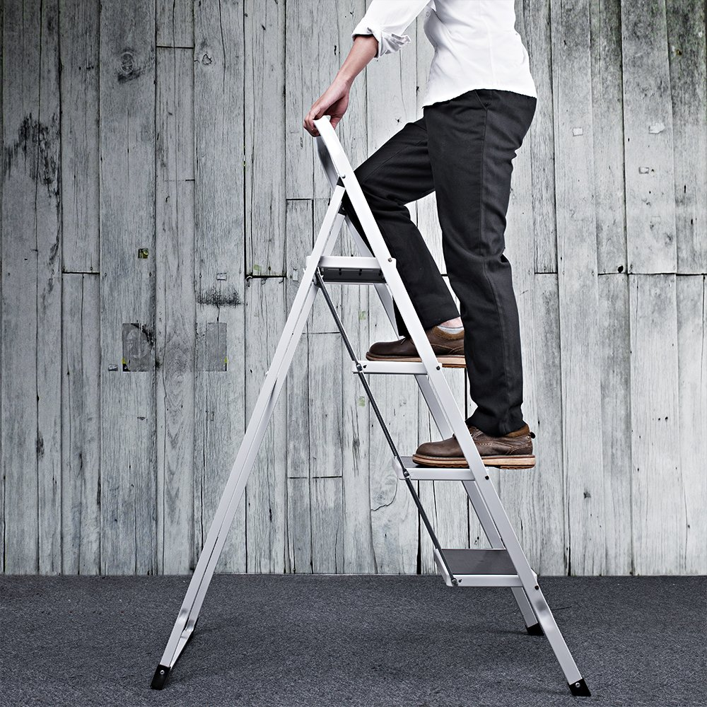Delxo Folding 4 Step Ladder With Plastic Cushion Handgrip