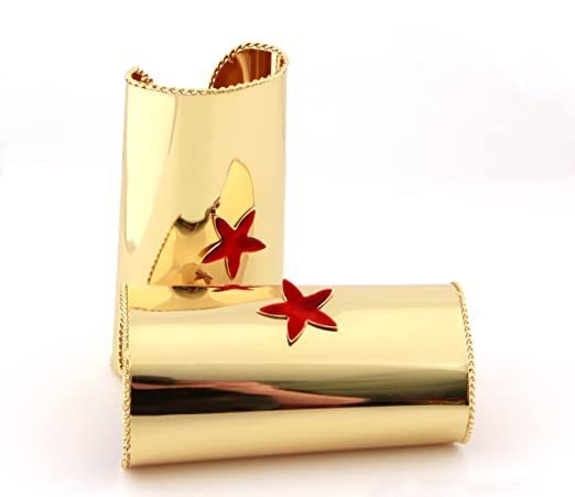 Wonder Woman Cuff With Star