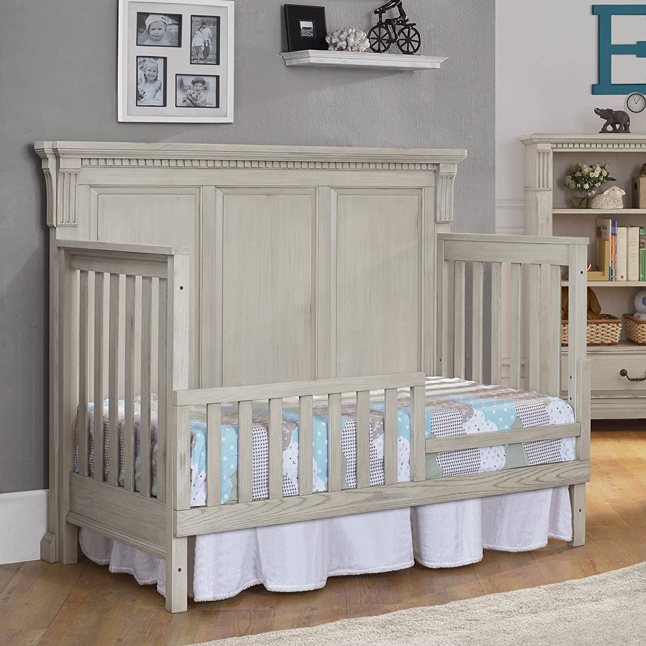 Monbebe Everett 4-in-1 Convertible Crib - Antique 6