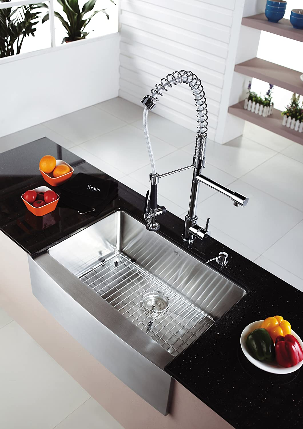 Single Lever Pull Out Kitchen Faucet