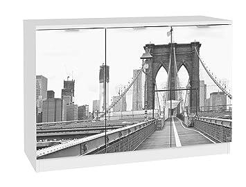 Aparador blanco de 3 puertas con serigrafia Brooklyn. 120x85cm