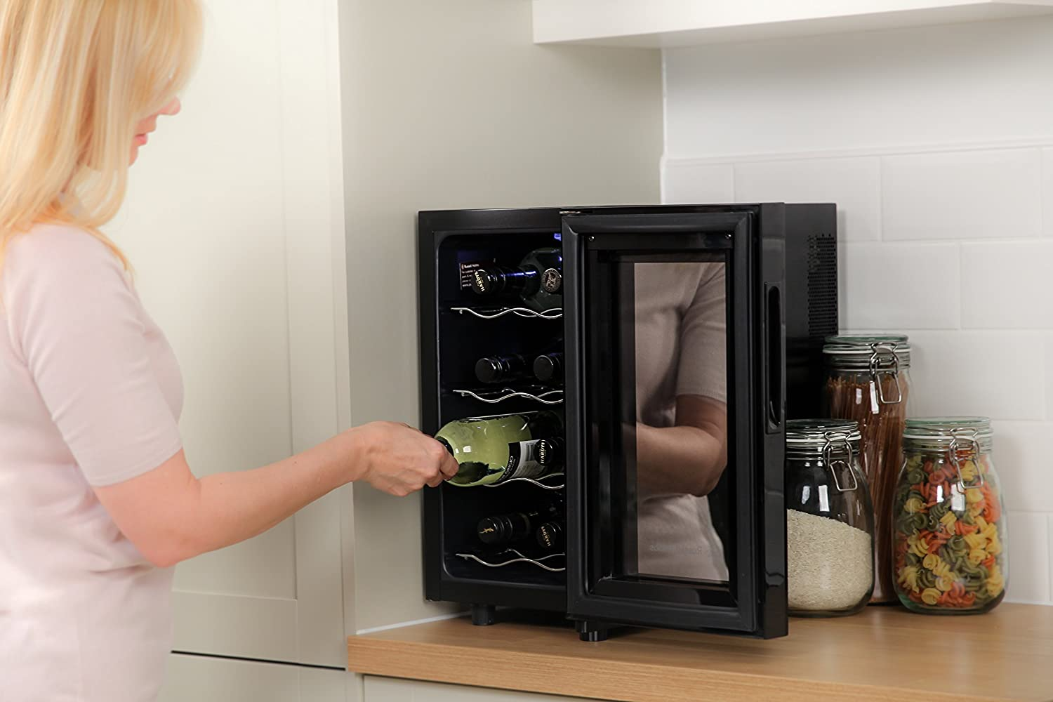 russell hobbs rh8wc2 wine fridge bottle and drinks cooler black brand new ebay. Black Bedroom Furniture Sets. Home Design Ideas
