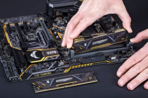 Ballistix Sport A.T. 8GB Single DDR4 2666 MT/s (PC4-21300) SR x8 DIMM 288-Pin Gaming Memory - BLS8G4D26BFSTK (Color: Black/Yellow, Tamaño: 8GB Single Rank)