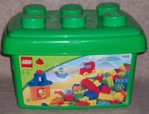 Amazon.com: LEGO DUPLO Set #5352 (140 Pc.) Preschool Building Tub