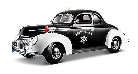 Maisto - 2042999 - Maquette De Voiture - Ford Deluxe '39 - Police - Echelle 1/18