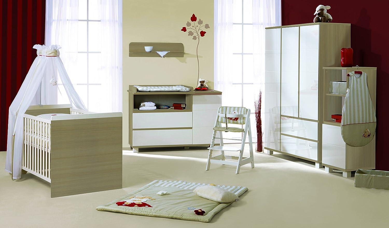 roba 44103 Babyzimmer Genova 5-teilig mit 3-türigen Schrank und breiter Wickelkommode
