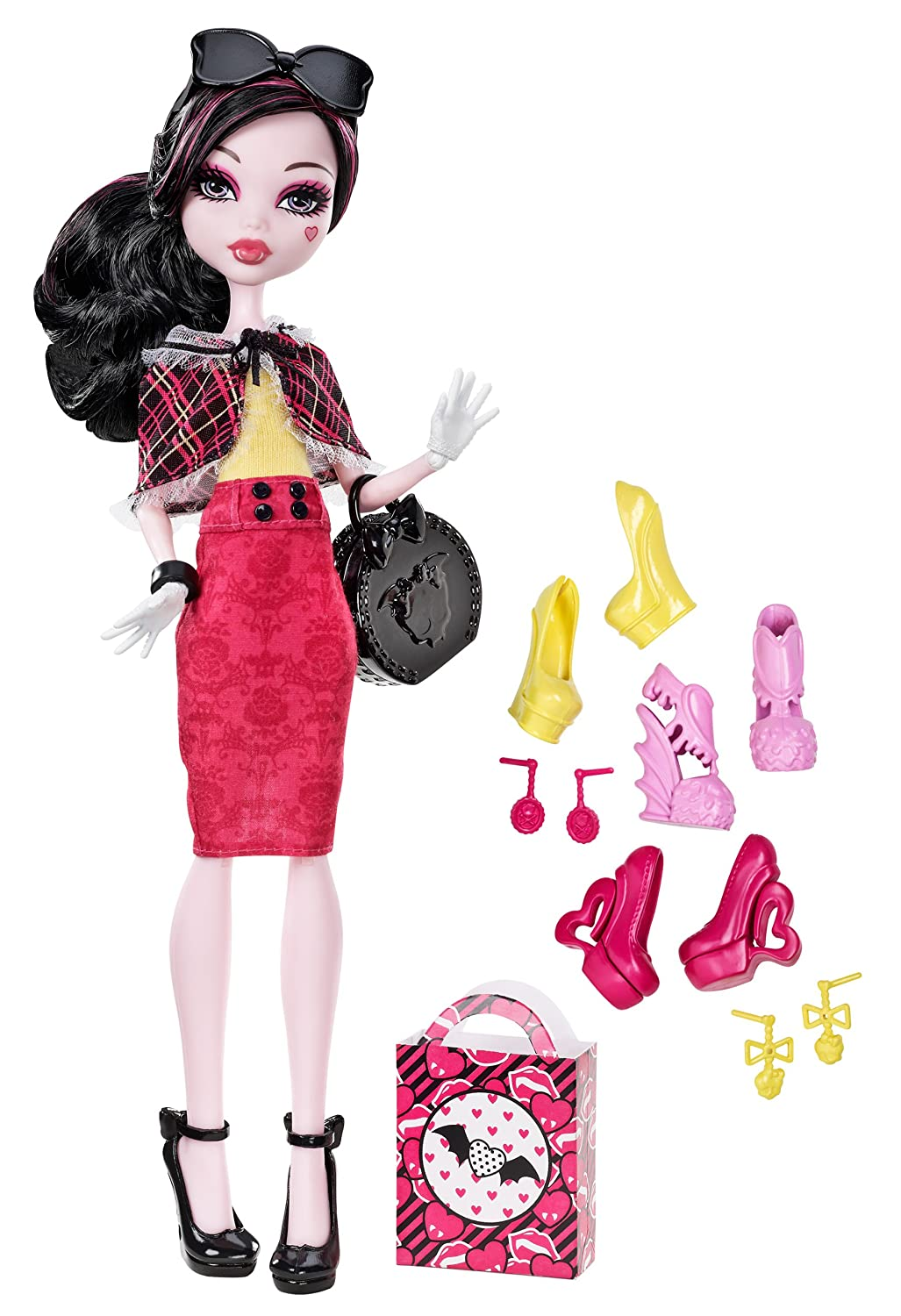 Monster High Draculaura Doll & Shoe Collection