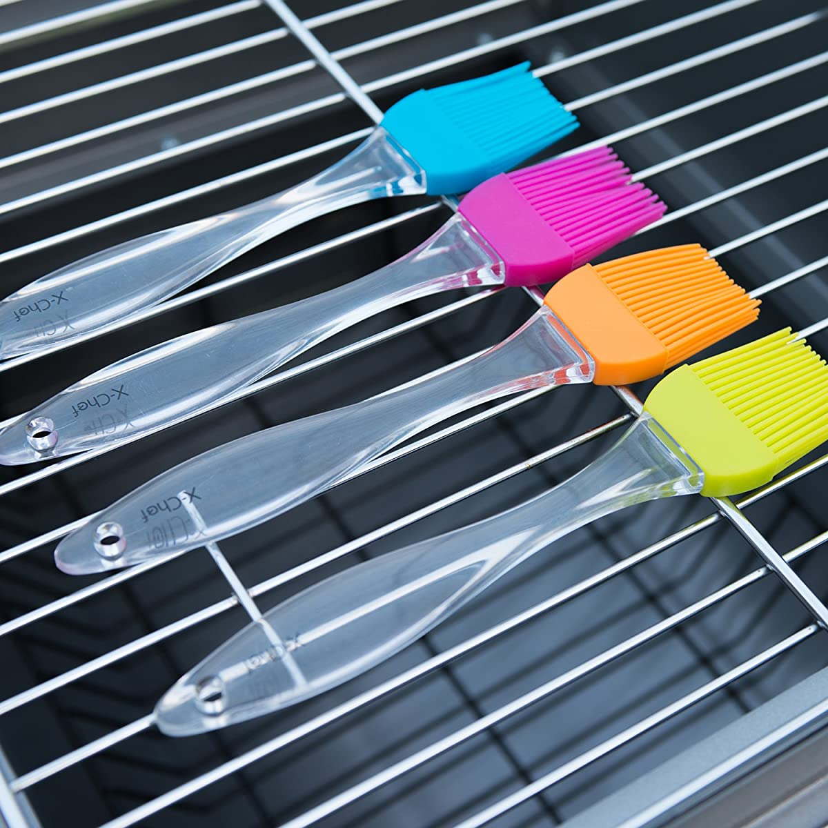Pastry Brush Silicone, X-Chef BBQ Brushes Basting Brush Set Heat Resistant for Kitchen Grilling Camping Dishwasher Safe (Set of 4)