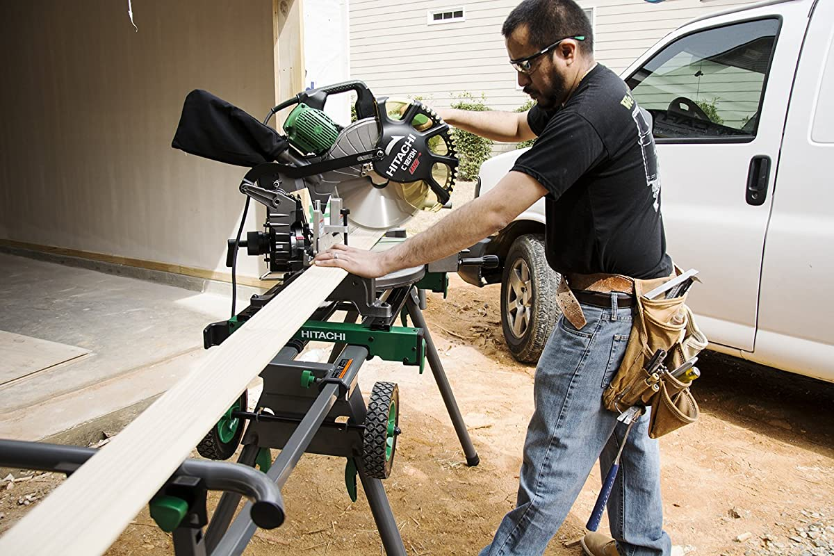 Hitachi UU240F Heavy-Duty Portable Miter Saw Stand