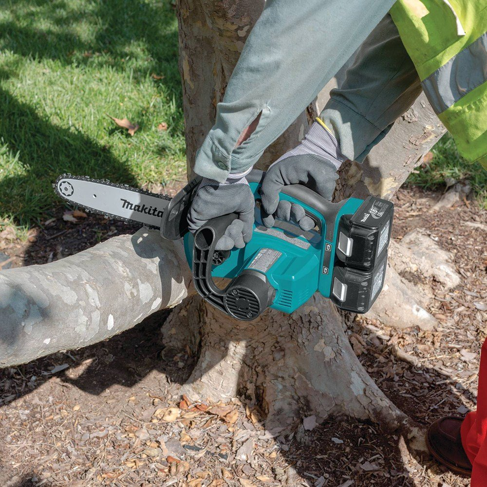 Makita  XCU02Z Cordless Chainsaw Saw