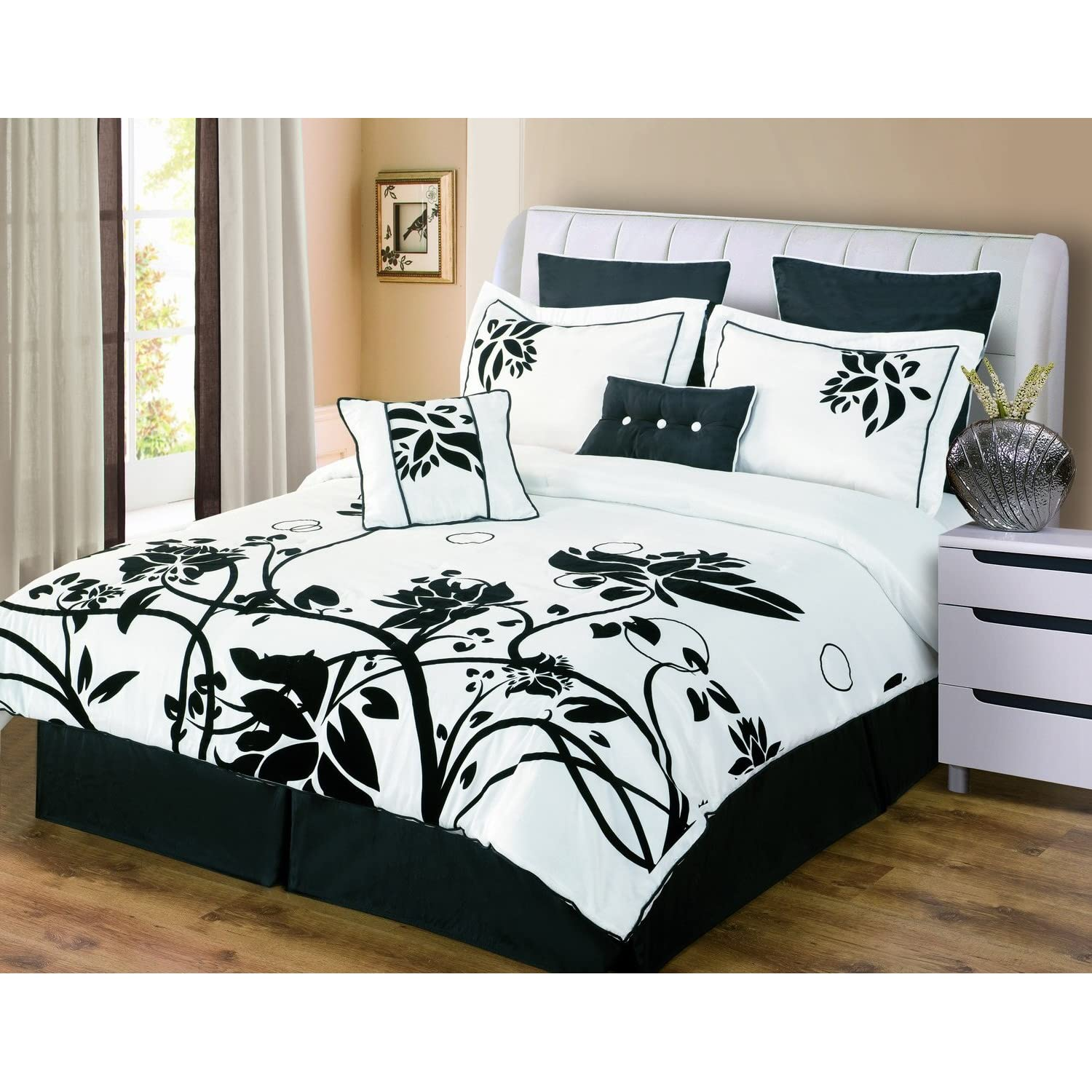 28 black white bedroom decorating ideas black and white black white bedroom decorating ideas black and white bedroom decorating ideas bedroom