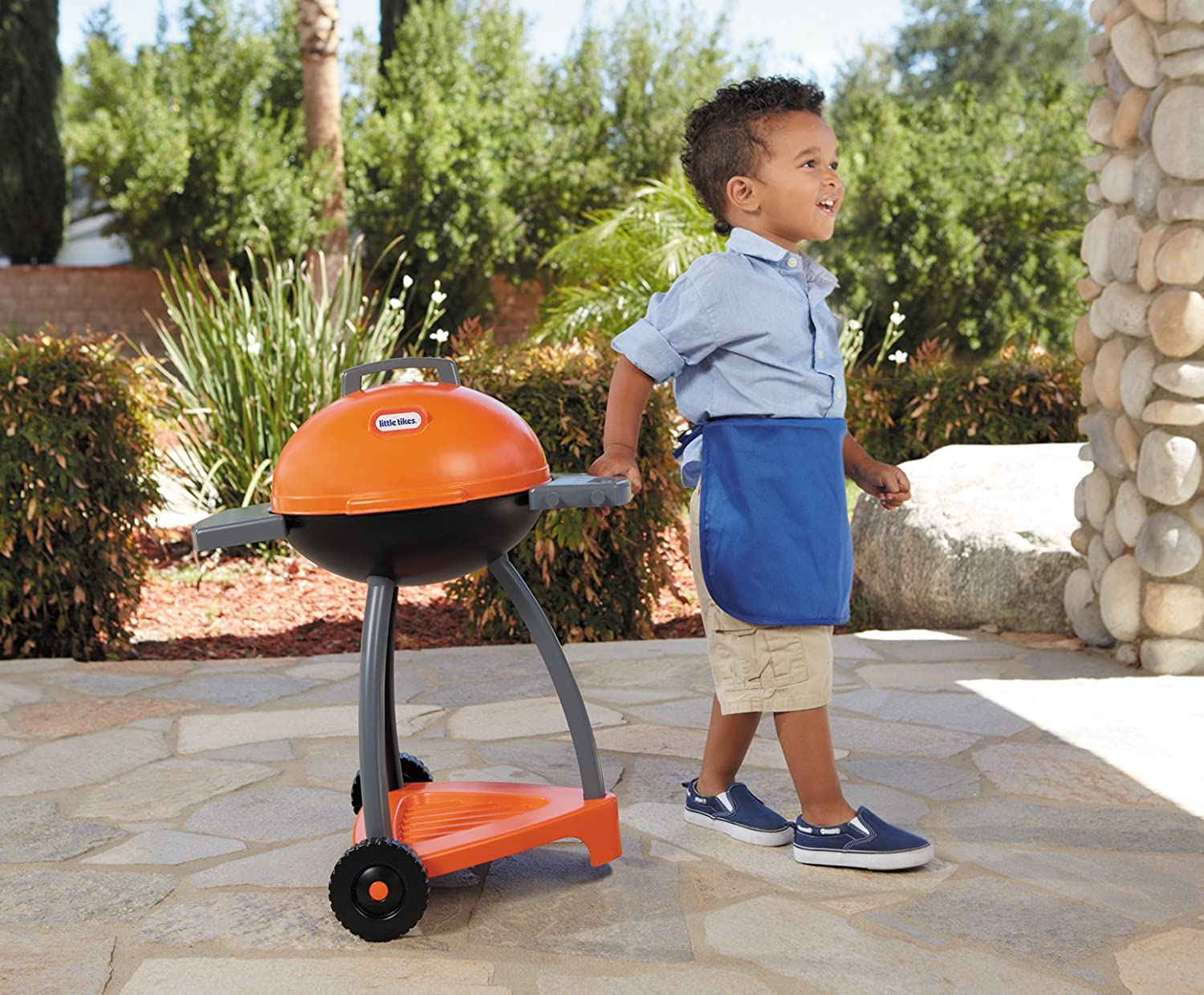 An Image of Little Tikes Sizzle and Serve Grill