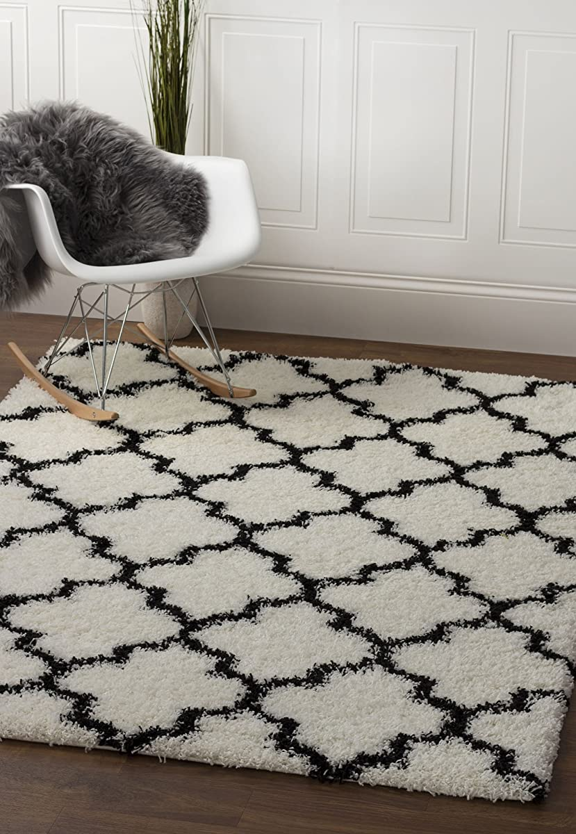 Soft Plush Geometric Trellis Shag Rug For Bedroom