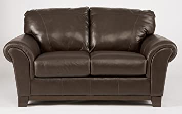 Loveseat in Brown - Signature Desing by Ashley Furniture