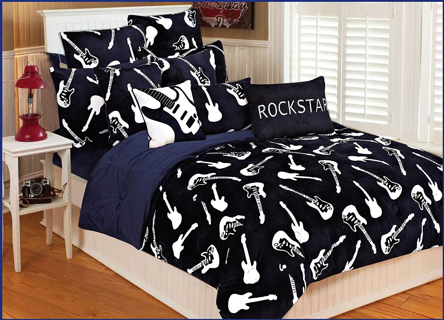 Thro by Marlo Lorenz Full/Queen Guitar Bedding
