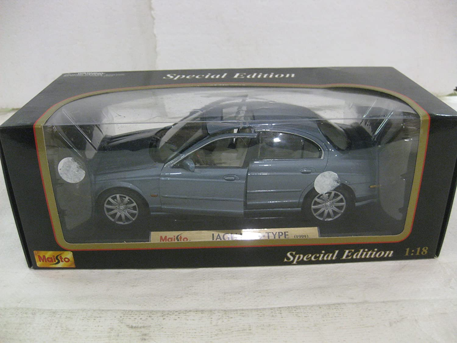 Детская машинка 1999 Jaguar S Type In Ford Blue Diecast 1:18 Scale Special Edition By Maisto