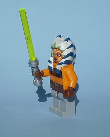 LEGO Star Wars: Ahsoka Mini-Figurine Avec Vert Lightsaber