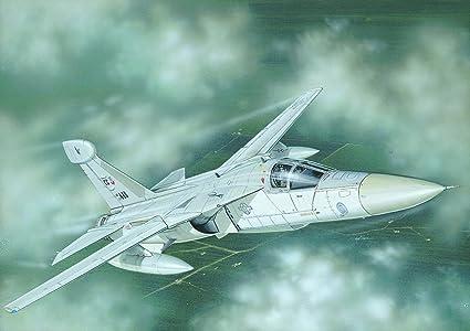 Italeri - I1235 - Maquette - Aviation - EF-111A Raven - Echelle 1:72