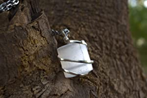 Raw Selenite Crystal Healing Necklace - for Crown Chakra. Balances Energy and Stabilizes Emotions. Aids Judgment, Conscious Understanding & Insight. Assists Energetic Healing   with Stylish SS Chain (Color: Transluscent White)