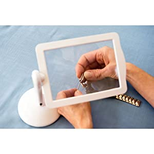 Brighter Viewer - LED Magnifier - Screen Magnifier in White - Set of 2 with Compact Viewer (Color: White, Tamaño: 5.51 inches wide by 8.86 inches high)