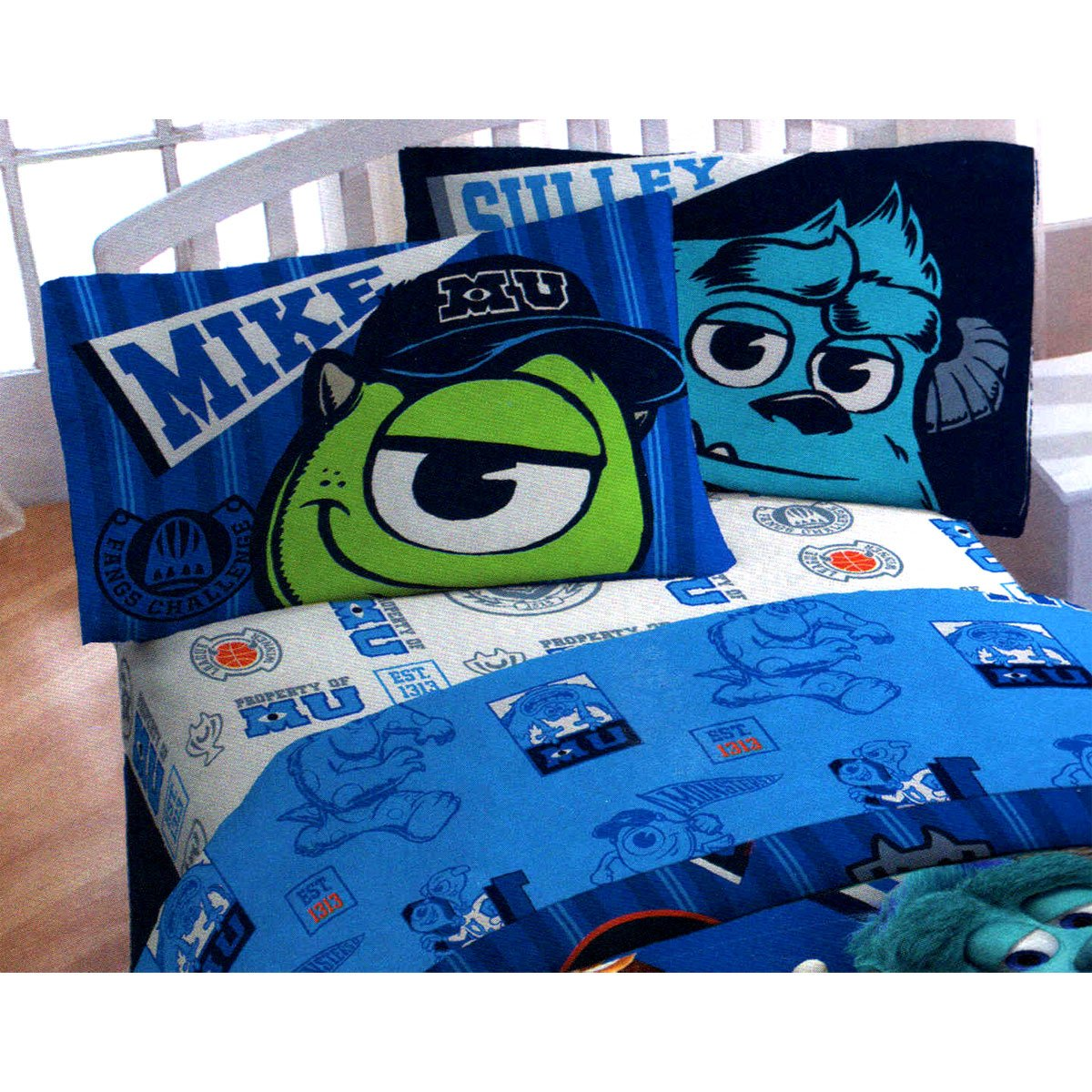 Monsters university bedroom