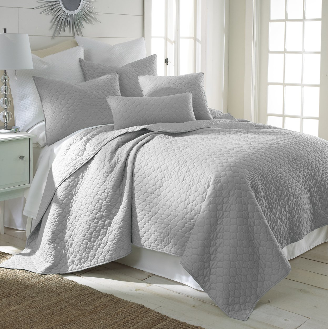 Gray White Quilt : The gallery for gt light grey bedding
