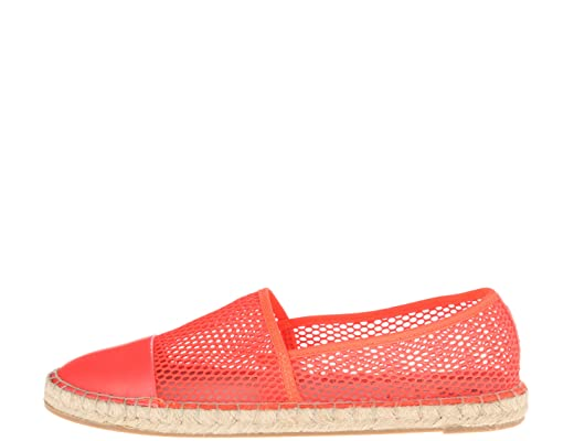 UP TO 60% OFF FLATS