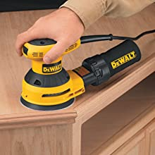 DEWALT D26450 3 Amp 5-Inch Random Orbit Sander with Cloth Dust Bag