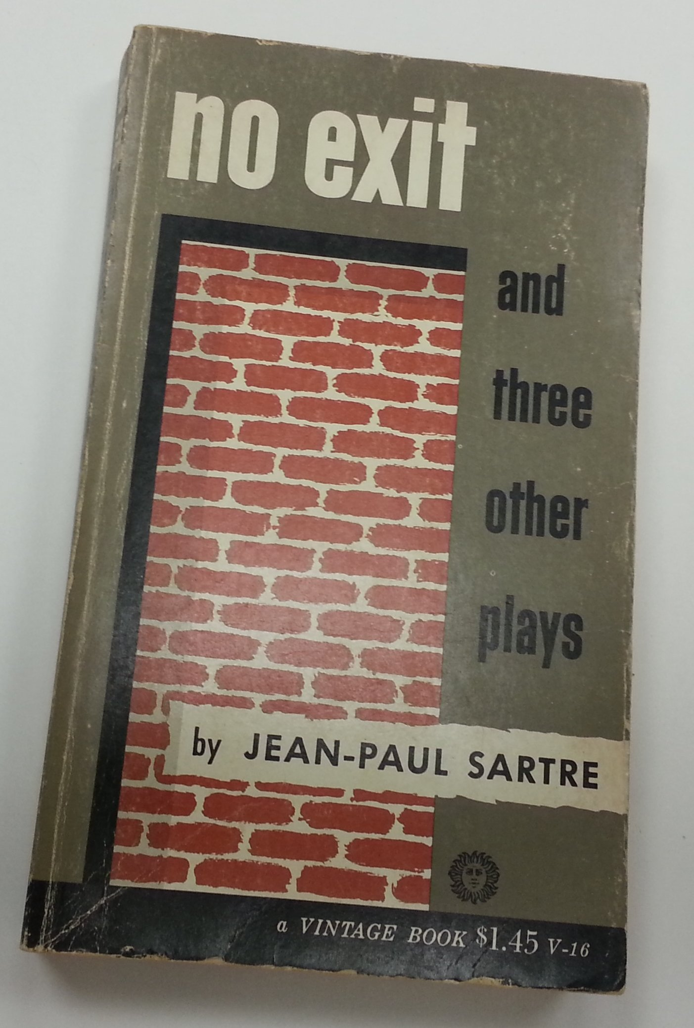 essays on the play no exit by jean paul sartre