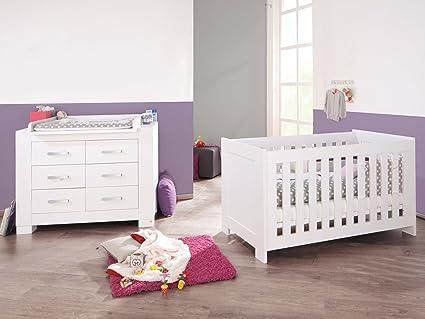 Pinolino Sparset Ice breit, 2-teilig, Kinderbett (140 x 70 cm) und breite Wickelkommode mit Wickelaufsatz, weiß Edelmatt (Art.-Nr. 09 34 13 B)