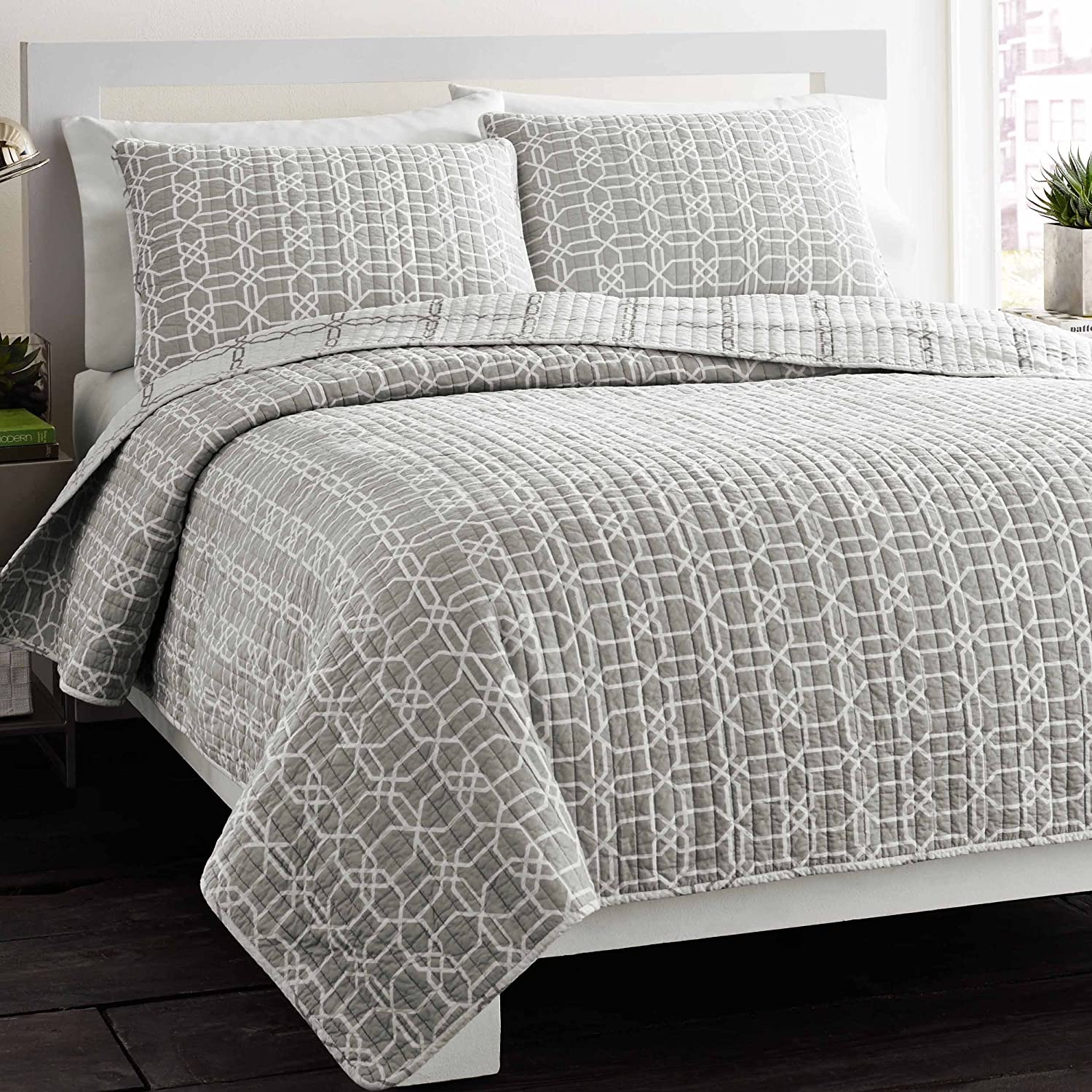 city scene bedding sets  ease bedding with style - city scene puzzle reversible cotton quilt set fullqueen gray