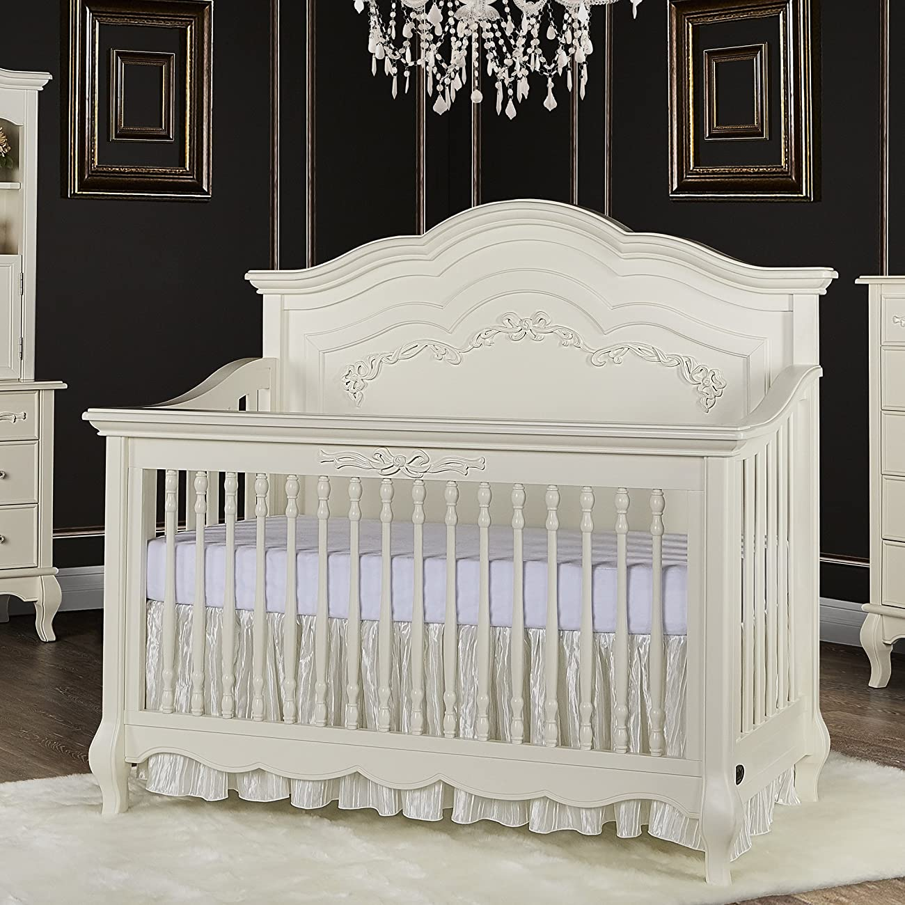 Evolur Aurora 5-in-1 Convertible Crib, Ivory Lace 2
