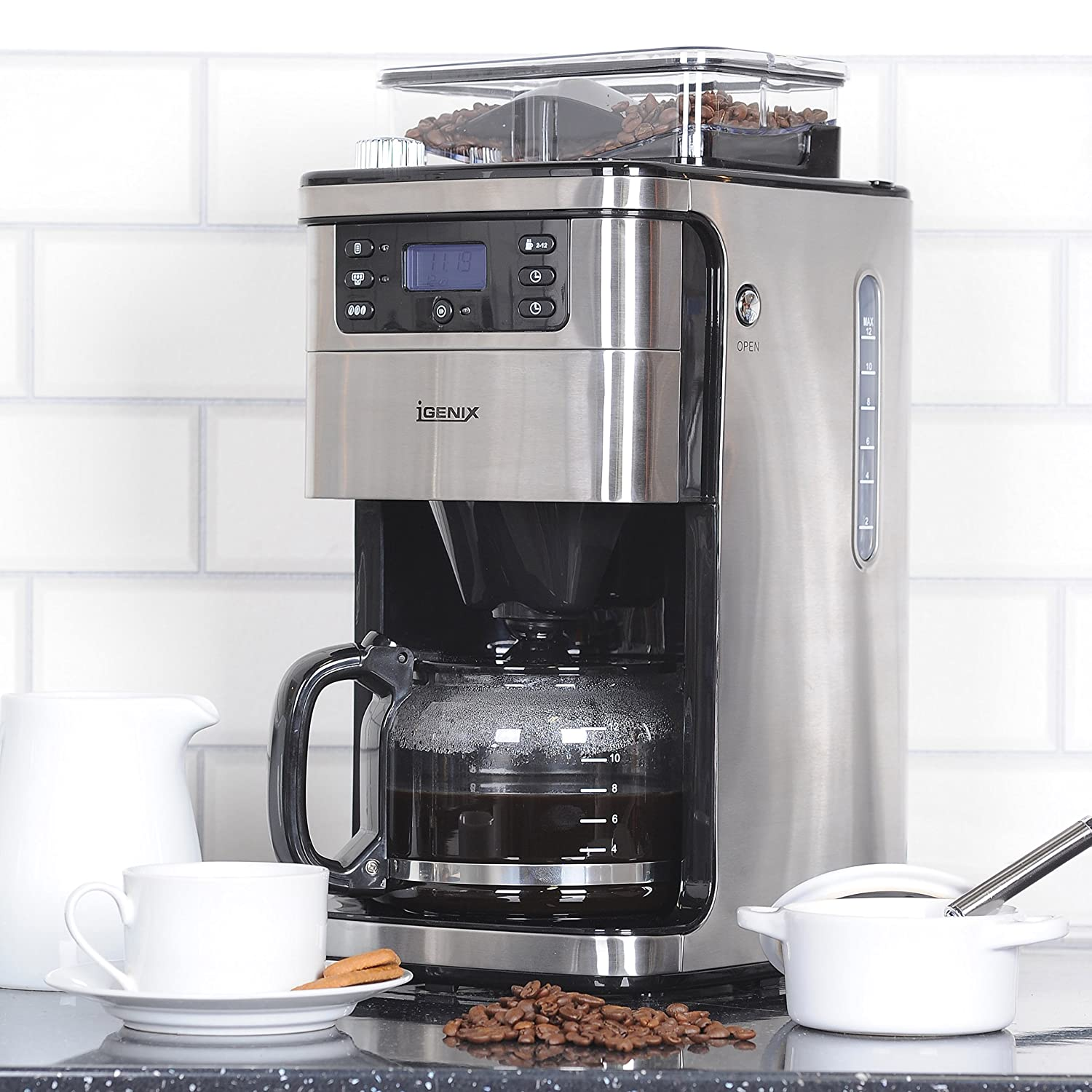 The Igenix IG8225 Bean to Cup Coffee Maker features a 12 cup 1.5 L capacity.
