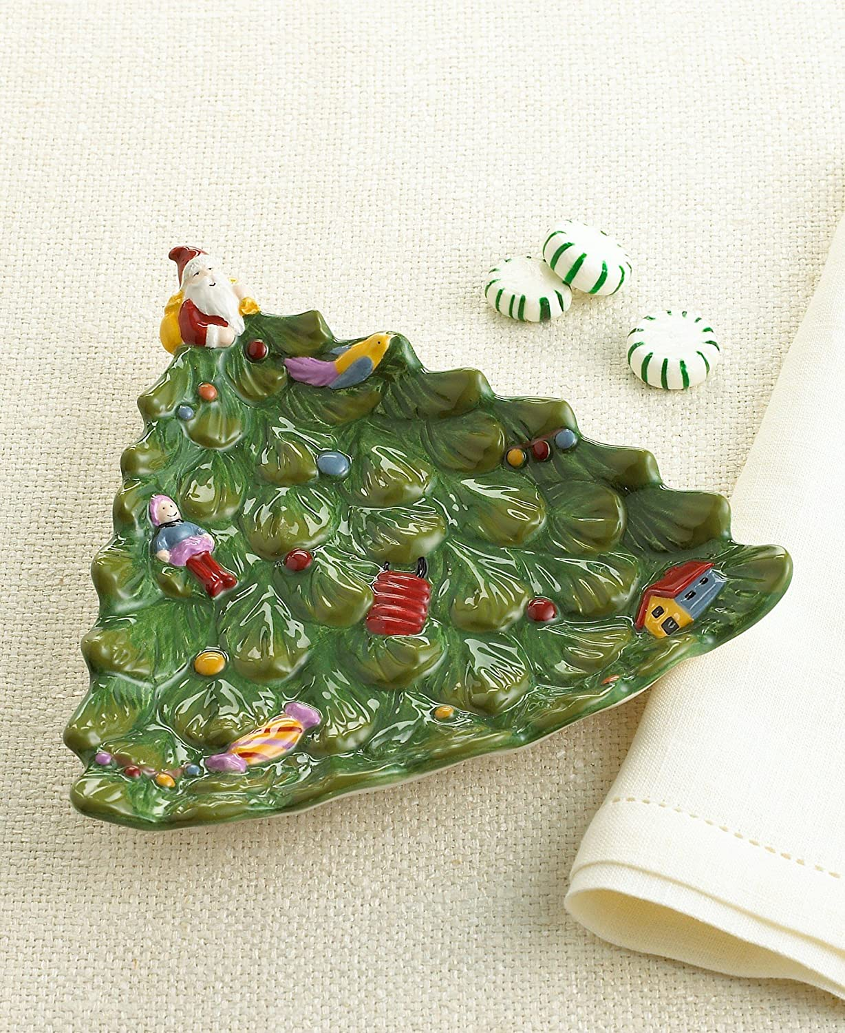 Christmas trees bread and butter appetizer canape plates for Christmas canape